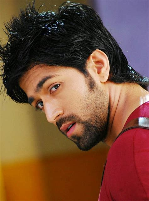 Bollywood Stars Bibliography: Yash Gowda Biography
