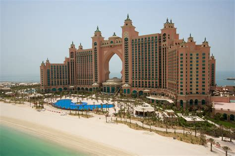 hotel atlantis dubai atlantis a tour of the luxury hotel suite that will