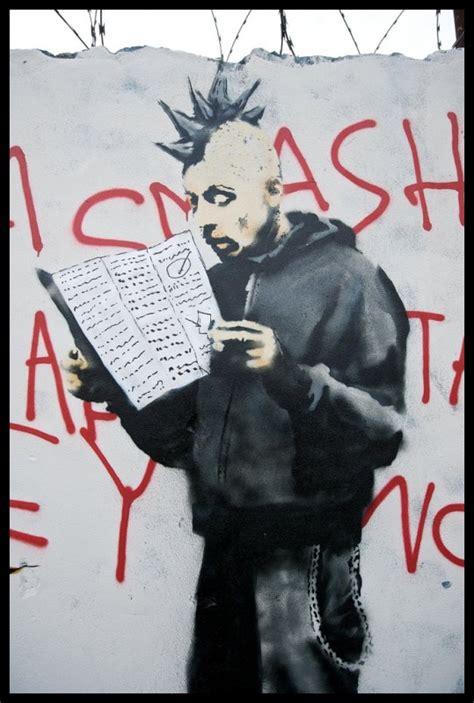 graffiti walls banksy graffiti critics