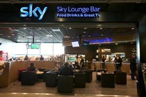 libreria aeroporto fiumicino shopping eat drink news fiumicino adr it aeroporti
