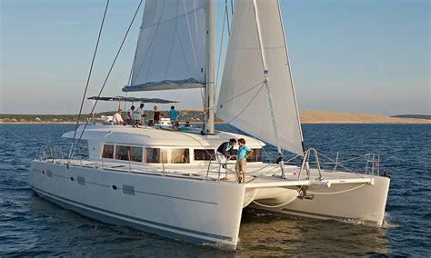 catamaran drijvers what is yacht and what is a catamaran yacht voyage