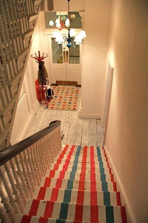 Comment Décoller Une Moquette Murale by Le Tapis Pour Escalier En 52 Photos Inspirantes