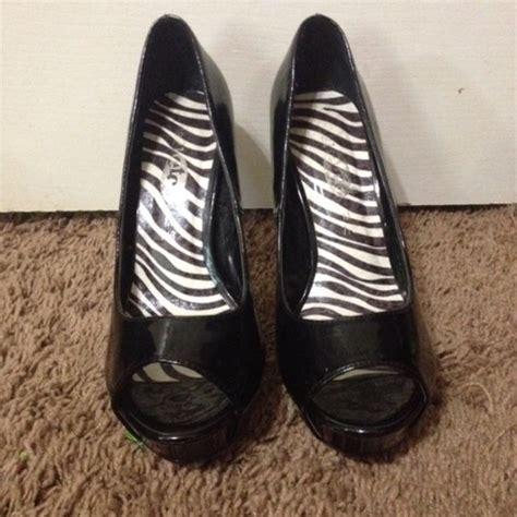 rue21 shoes 60 rue21 shoes black spike heels from s