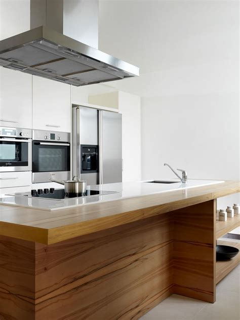 maximise space integrate  cooktop   island