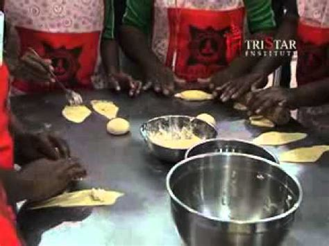 Timbangan Buat Roti roti isi coklat kacang house living edisi 11 des 12 doovi