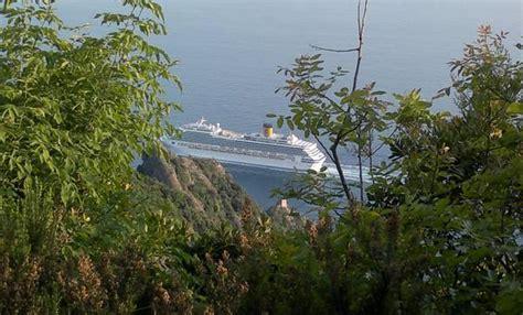 capitaneria porto genova capitaneria genova s 236 a navi davanti a portofino