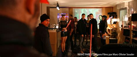film seri elementary critique night fare un film de julien seri 2015