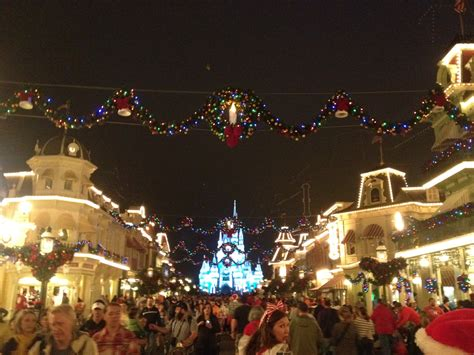 the 2012 mickey s very merry christmas party a date night