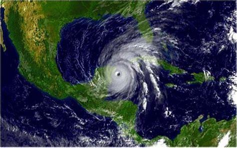 imagenes satellite del hurricane katrina comienza hoy temporada de ciclones tropicales en el caribe