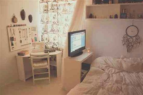 what are some ways i can make my room look like a tumblr