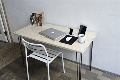 Slate Pro Desk by Slatepro Techdesk Features Built In Docks For Ios Devices