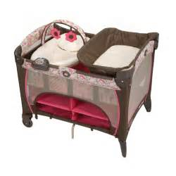 Graco Pack And Play Changing Table Graco Pack N Play Playard With Newborn Napper Station Dlx Jacqueline Discontinued