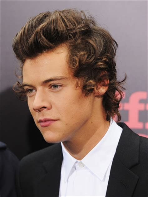 did harry styles cut his hair 2014 one direction hair transformation one direction hair