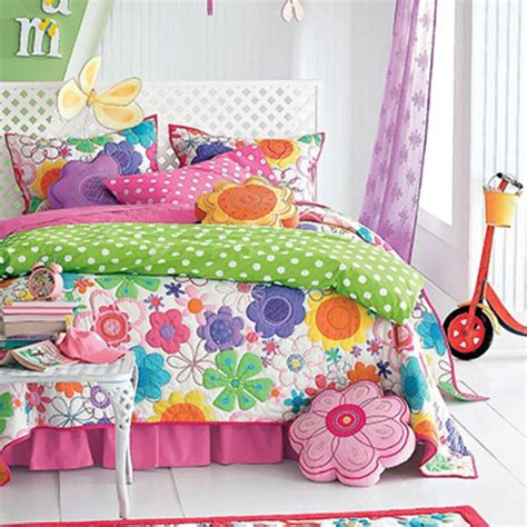 little girls bedding 8 company kids modern bloom quilt set 10 pretty