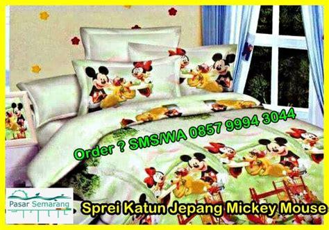 Sprei California Biasa Mickey Mouse tempat jual sprei dan bed cover katun jepang murah pasarsemarang