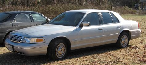 books on how cars work 2002 ford crown victoria auto manual file ford crownvictoria jpg wikimedia commons