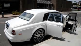 Matte Rolls Royce Ghost 2007 Matte White Rolls Royce Phantom On 26 Quot Gfg Wheels