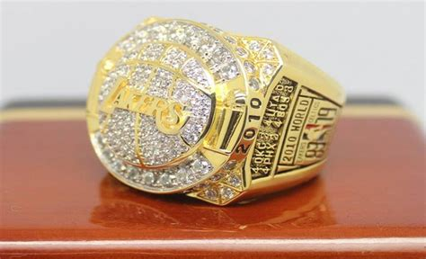 Lamar Odom Pawns 2010 NBA Championship Ring For $200