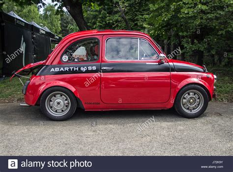 alufelge fiat 500 abarth a fiat 500 abarth classic car stock photo 142044615 alamy