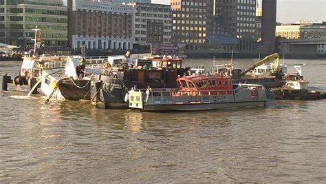 thames river cruise sinking sinking boat on river thamesparikiaki parikiaki cyprus