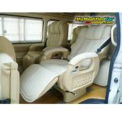 TOYOTA HIACE  Review And Photos