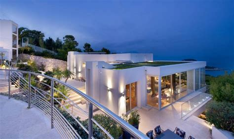 Modern Homes For Sale by Selecting Villas In The French Riviera Modern Or