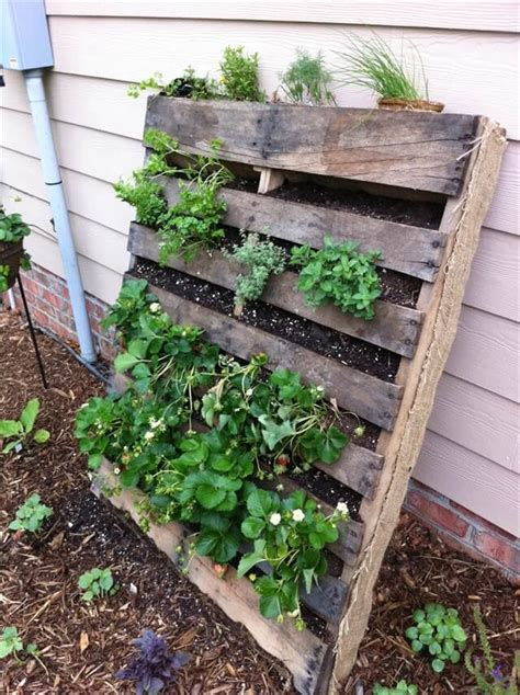 Repurposed Home Decor by Refresh Your Eyes And Mind With Pallet Vegetable Garden