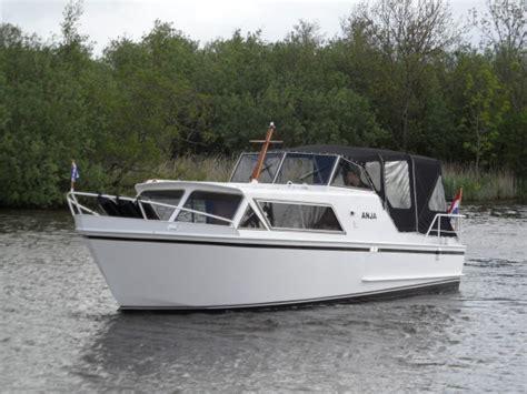 boten te koop warten target kruiser de luxe jachtbemiddeling de jong