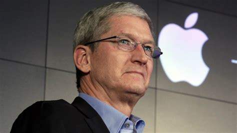 apple ceo apple ceo the us government wants us to hack our own users