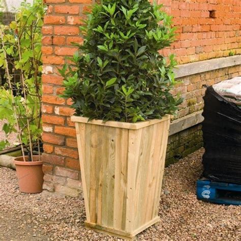 Large Outdoor Planters by Large Planters For Outdoors Homesfeed