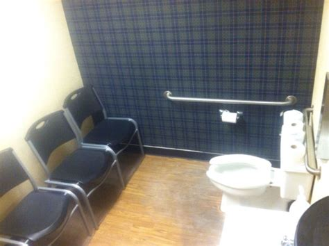 weird bathrooms 40 most hilarious and weird bathrooms pics ever