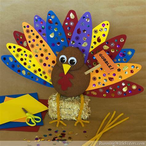 thanksgiving centerpiece crafts for kid craft the turkey centerpiece running with