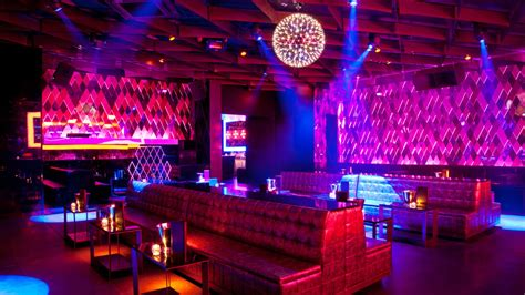 Living Room Florida Nightclub In The Air Tonight Think Magazine