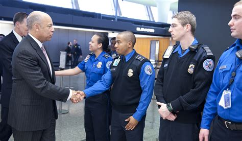 jeh johnson meets with transportation security