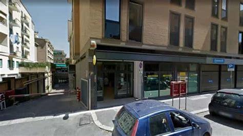 ufficio postale parioli via yser prova ad incassare un assegno falso arrestato