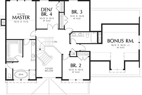 traditional style house plan 4 beds 2 5 baths 2500 sq ft