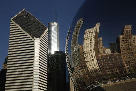 Mba Recruiters Chicago by How Many Business Graduates Stay In Chicago Chicago Tribune