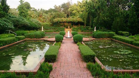 november marks the singapore botanic gardens