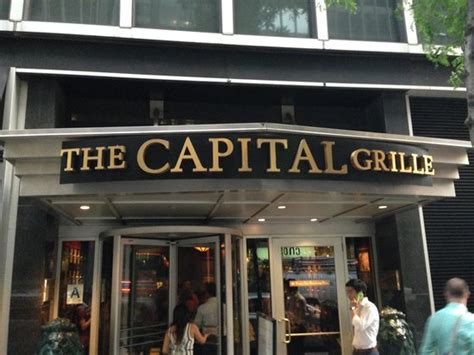 the capital grille chrysler center outside foto di the capital grille new york city