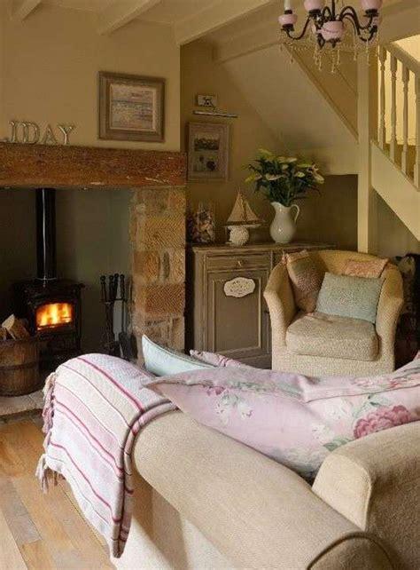 small cottage living room ideascozy cottage living room arredare un soggiorno in stile rustico soluzioni e