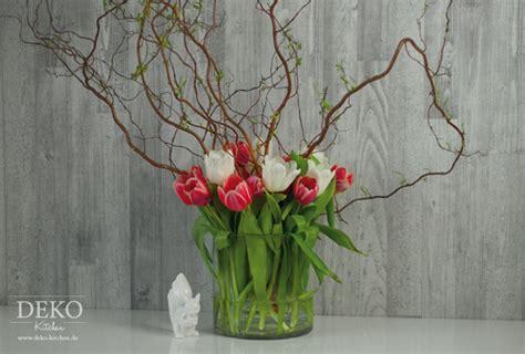 Deko Mit Tulpen by Diy H 252 Bsche Fr 252 Hlings Blumendeko Mit Tulpen Deko Kitchen