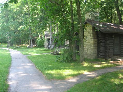 State Parks In Illinois With Cabins by 4 Great Cabins In Illinois For A Weekend Getaway