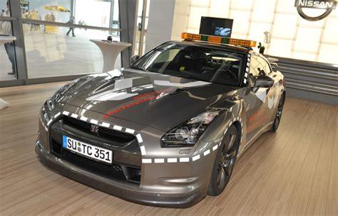 Schnellstes Auto Der Welt Name by Das Schnellste Feuerwehrauto Der Welt Pagenstecher De