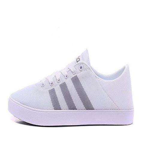 Adidas Neo Sport Shoes 213l adidas neo mens running shoes product detailsa pair of white skateboarding shoes has central