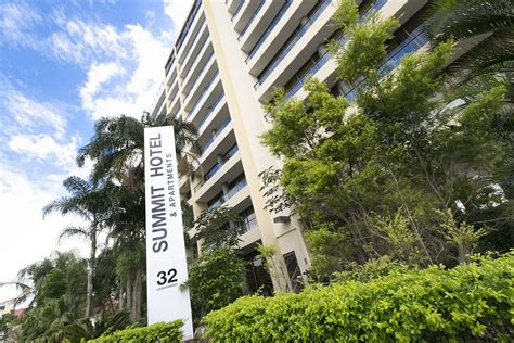 the summit appartments the summit apartments deals reviews spring hill aus wotif