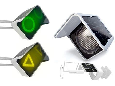 8 Reasons To Turn To Solar Energy Yanko Design Solar Power Traffic Lights