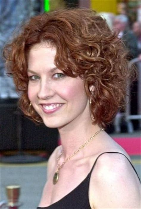 natural curly flattering hairstyle for all ages 111 amazing short curly hairstyles for women to try in