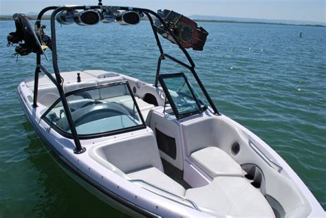 ski boat you can sleep on idaho rv rentals rent an rv travel trailer or boat