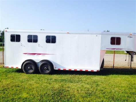 horse trailer awning 1999 sooner trailers 4 dressing room awning horse