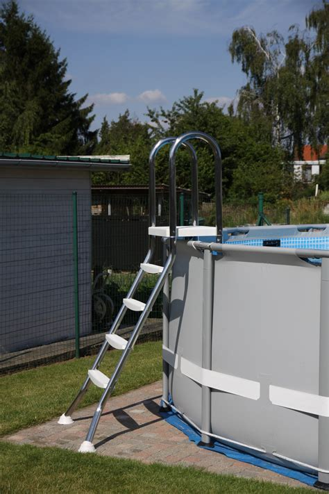 Bien Echelle De Piscine Intex #1: ladder-intex-zwembad-inox-rvs.jpg